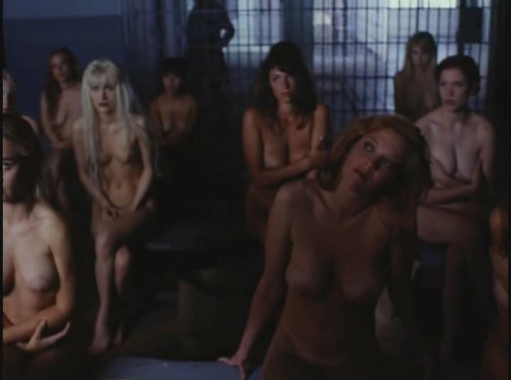 Самый голые в тюрьмах