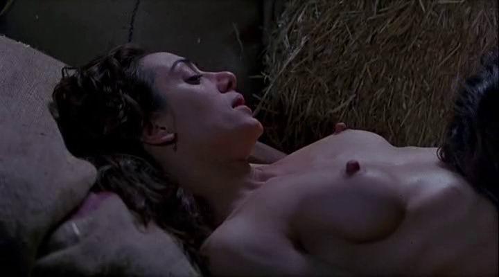 The interview nude scene