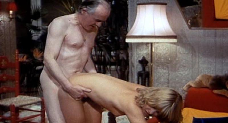 Секс одногруппницу эротический фильм о компьютерных банковских махинациях кончают рот