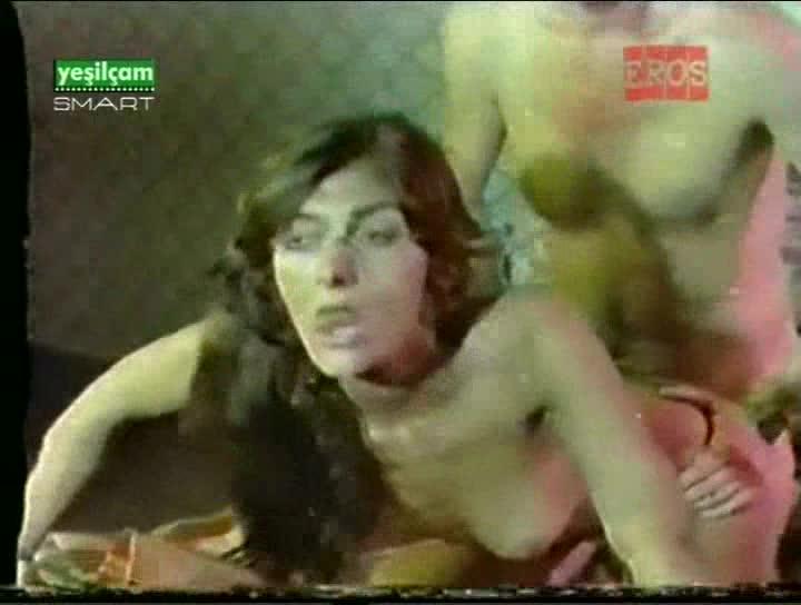 Turkish Trimax Ozzyx Zerrin Egelir Porn Images
