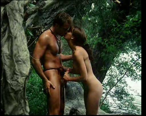 Полнометражный порно фильм отпуск в африке, муж трахает жену в презервативе на природе