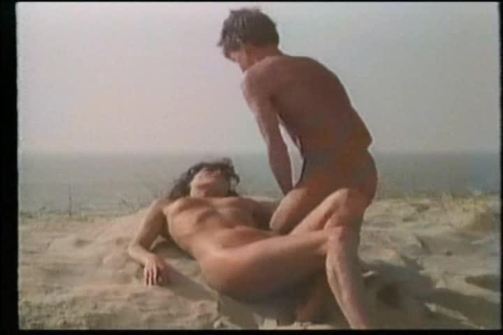 Naked Linda Van Dyck Nude Pictures