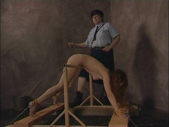 Найти видео порка и наказания девушек ремнем с ростова — 1