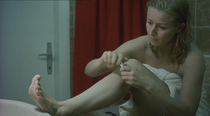 Petra morze antares 2004 sex scene - 4 9