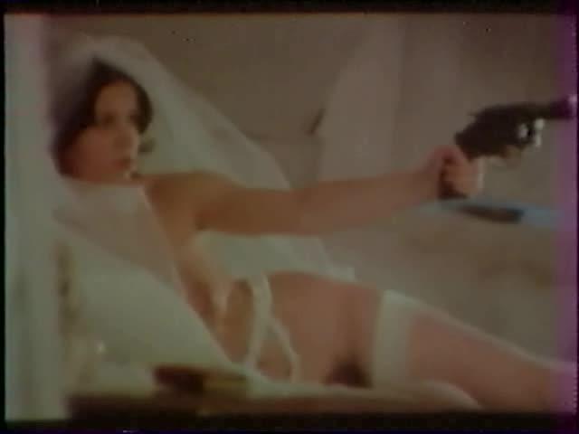 Les deux gouines 1975 full movie 8