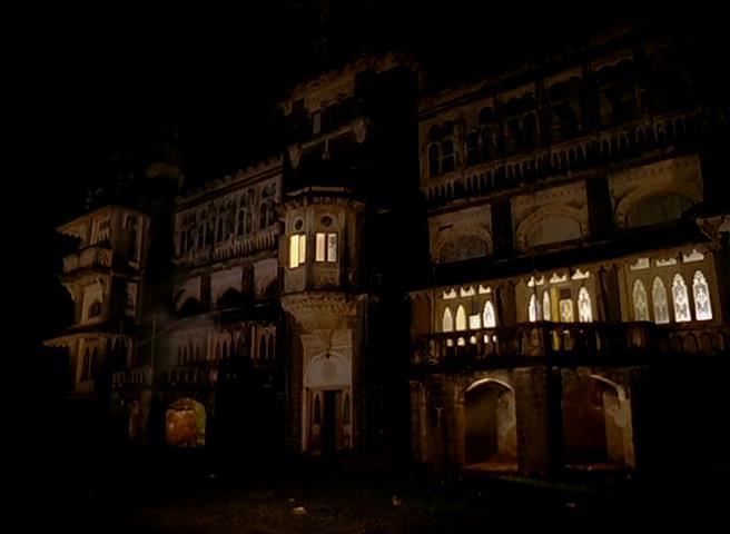 Purani Haveli (film)